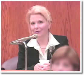 Dr. Jayne Dubois testifying at the Smith Trial
